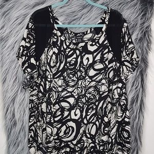 Torrid Black and White Abstract Top